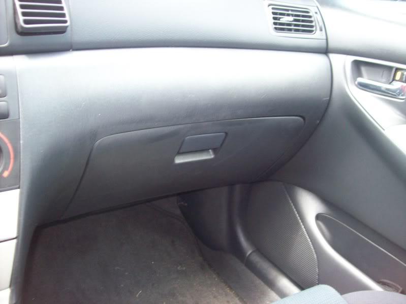 1d96a02195b0645e974226f4b3e33772  Apexi Power FC on Corolla XRS (with Red-frau Harness)