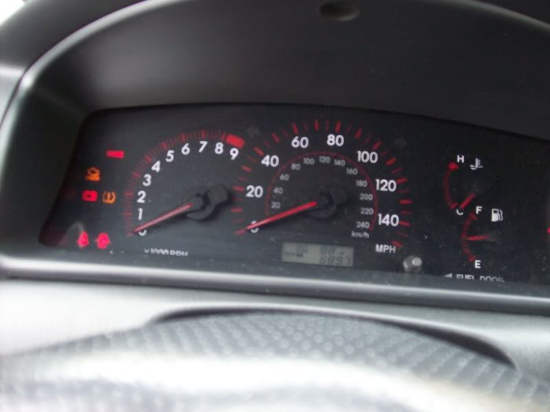 300906c3472fe4a5c723f1db7445a531  Apexi Power FC on Corolla XRS (with Red-frau Harness)