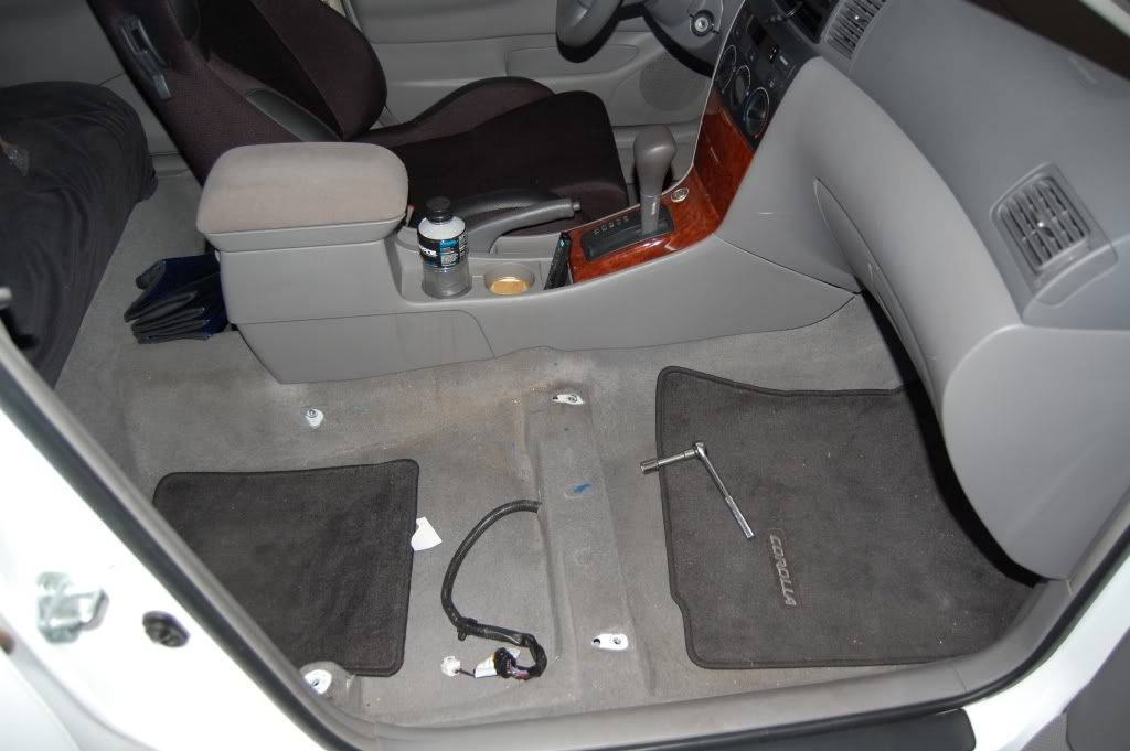 a7cbdcfc66cf6e4069ceb902ca772181  Installing Racing / Bucket Seats