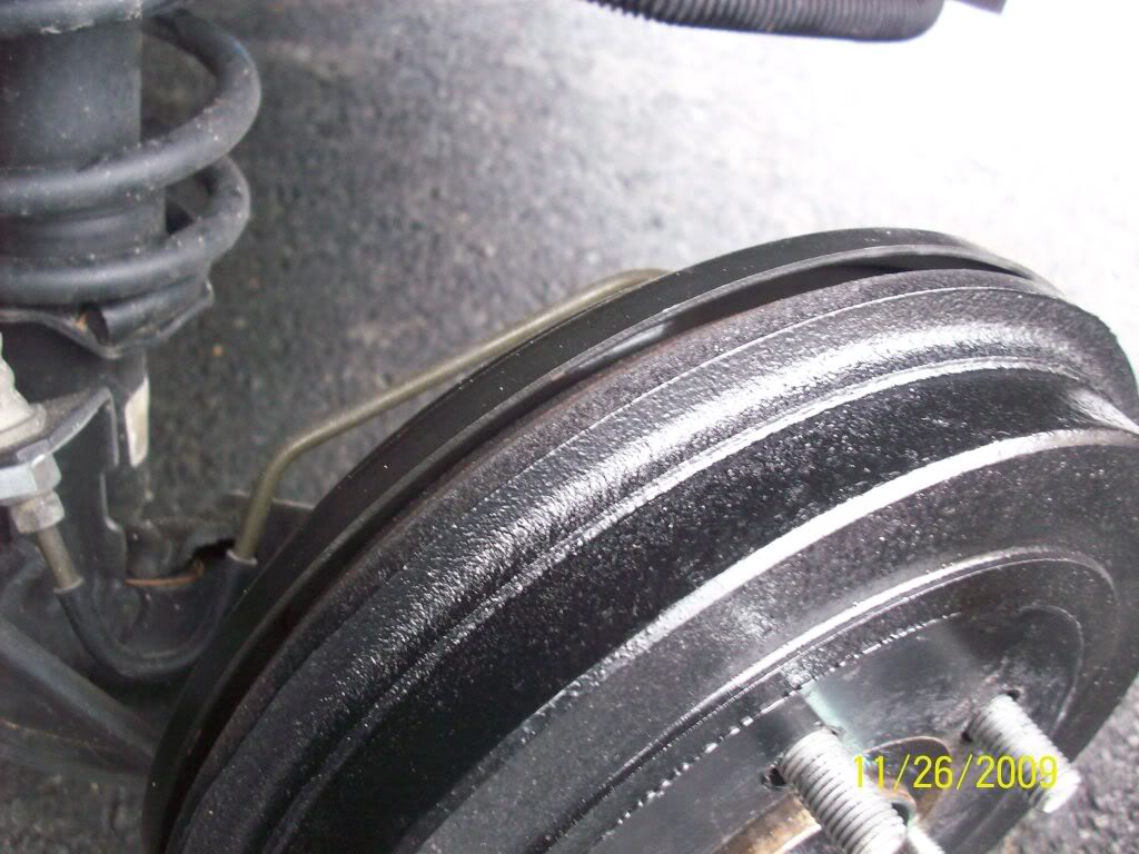 b72ce8f35789eac86d61f2233c158af8  Removing, cleaning and adjusting rear drum brakes