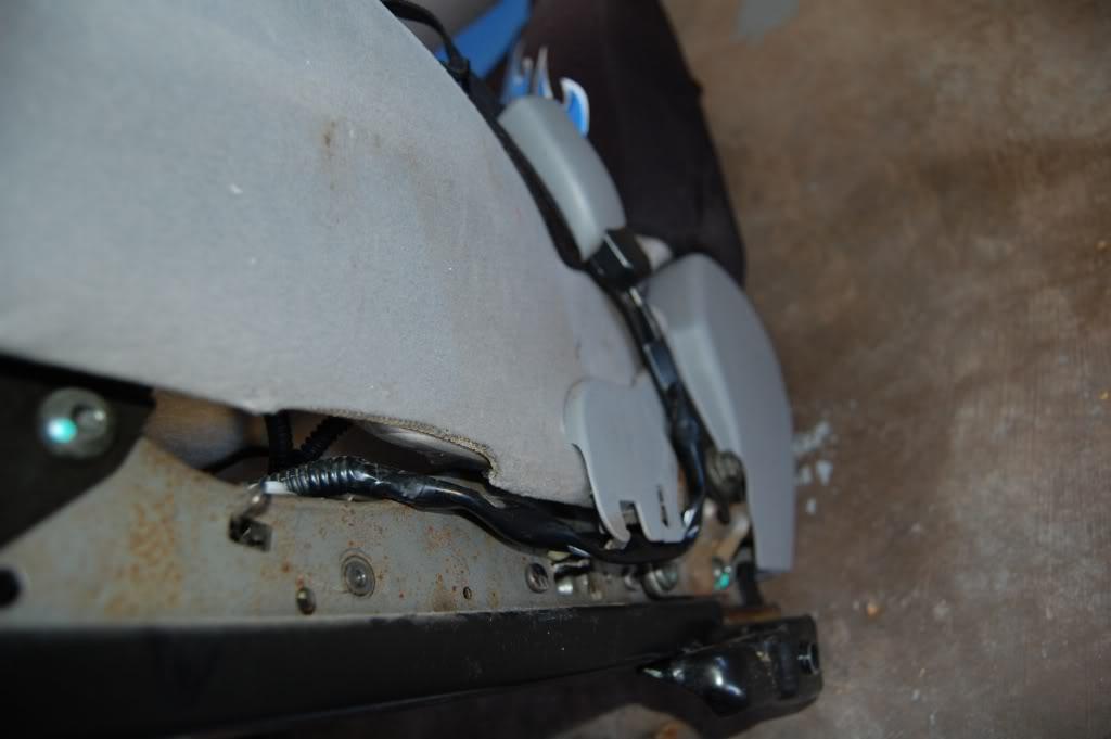 b9833b3c081f419aa7e8f0e15af40b28  Installing Racing / Bucket Seats