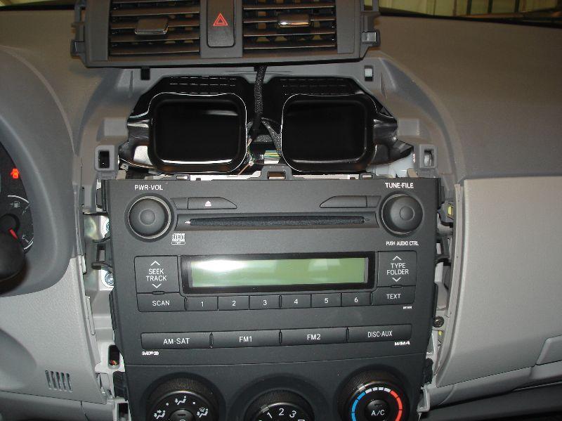 2009 corolla radio replacement