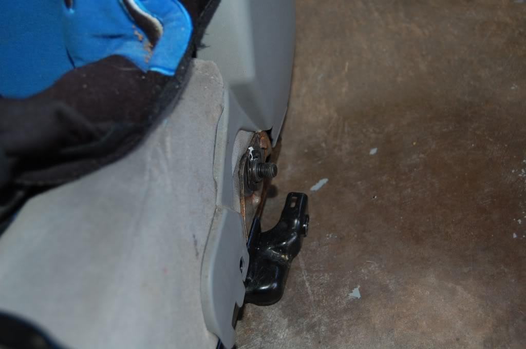 c154da540c66d2cec8887dca3f927cb7  Installing Racing / Bucket Seats