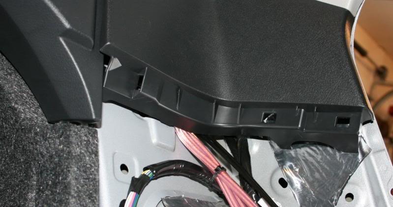 f01905cb3752afae97d12fd1c0b5941f  Rear Deck Removal/Rear Speaker Replacement