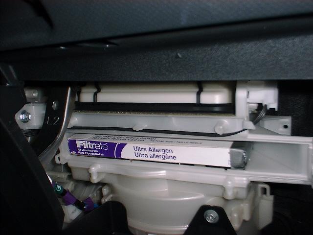 Change Cabin Air Filter Toyota Yaris